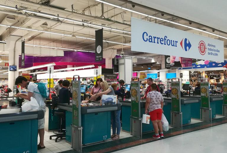 Carrefour frente