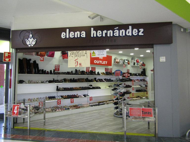Elena hernandez zapateria frente