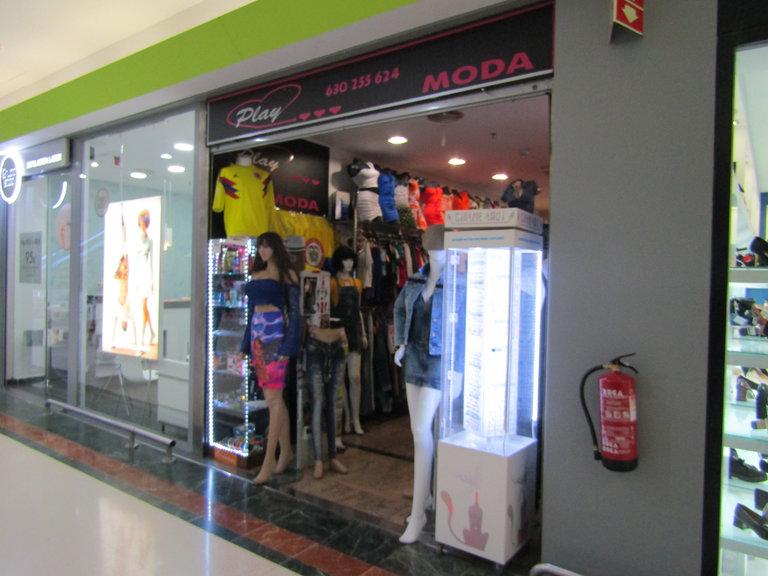 Play moda colombiana frente